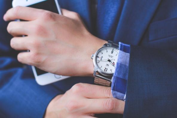 Stainless-Steel-White-Blue-Suit-3.jpg